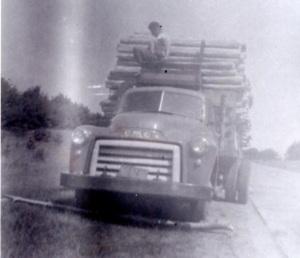 truckposts001